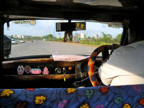 bombay taxi.jpg